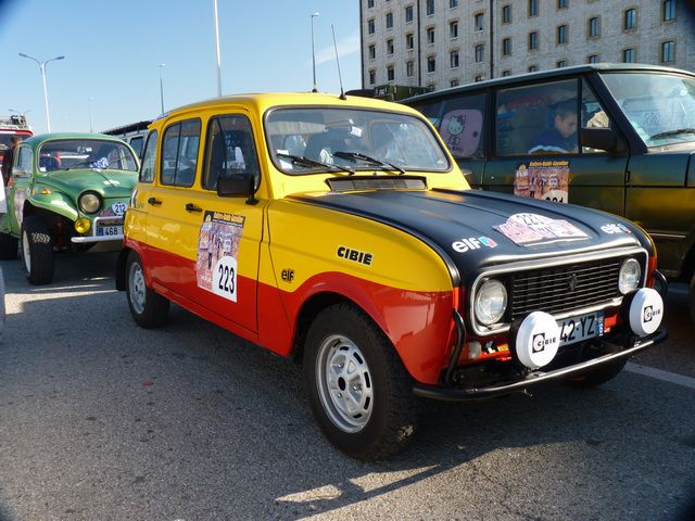 Renault 4 type Sinpar (4x4)