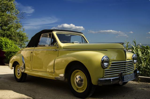 Peugeot 203 cabriolet 1953